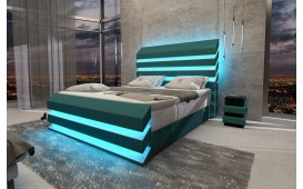 Lit boxspring BERLIN en cuir avec topper & port USB