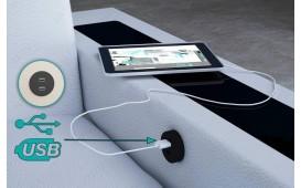Poltrona di design FALCO con illuminazione a LED e presa USB
