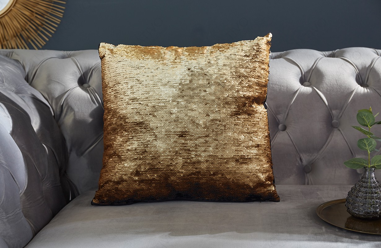 Cuscini Di Design.Cuscini Offerta Glossy Gold Black Nativo Mobili Svizzera